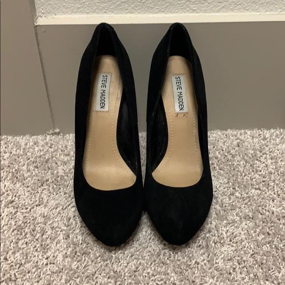 Steve Madden Shoes - Steve Madden black pumps